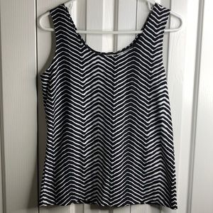 NWT Chicos size 1 black white patterned tank top